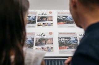 Druckberatung zu Farben Haptik des Papiers bei Von Stern'sche Druckerei Lüneburg
