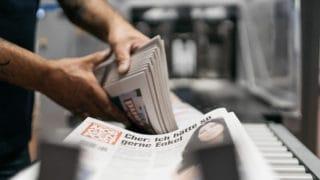 Druckfrische Ausgabe der Hamburger Morgenpost MOPO Zeitungsdruck Von Stern'sche Druckerei